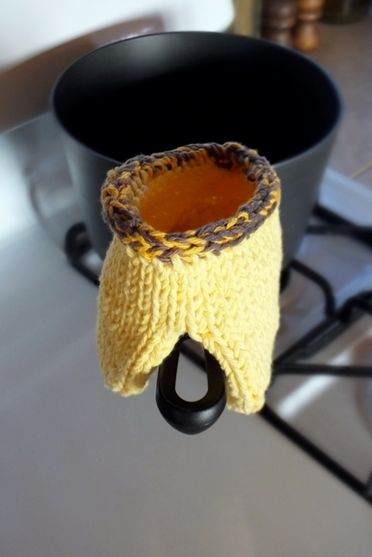Sunflower potholder 4
